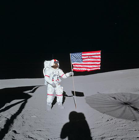 あ Apollo_14_Shepard.jpg